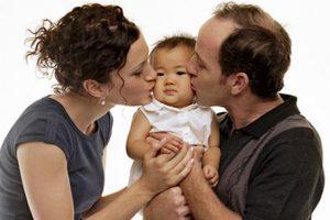 familia adoptiva casa